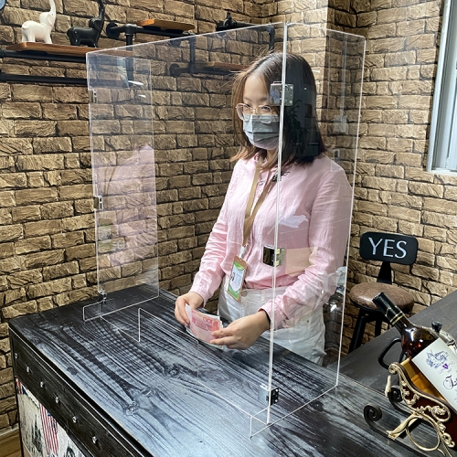 东莞亚克力收银台防飞沫遮挡板银行酒吧酒店透明防护板柜台简易分隔板挡板